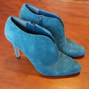 Nine West teal ankle boots